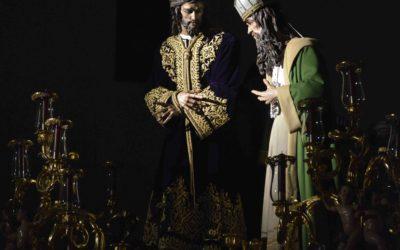 Entronización de Nuestro Padre Jesús en Su Soberano Poder en su paso procesional